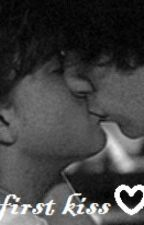 LARRY STYLINSON - FIRST KISS by awesomepeanut