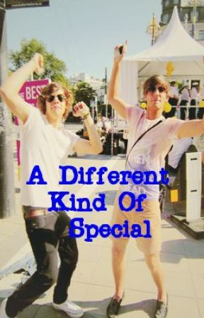 A Different Kind Of Special - Larry Stylinson/Niam Horanye AU Kitten!Harry by CuddleMeLarry