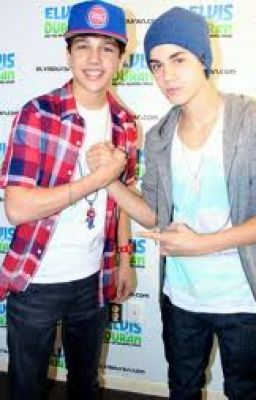 Austin Mahone/Justin Bieber Imagines~ - Kiss me underneath the