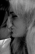 enamorada de la amiga de mi mejor amiga (selena gomez y tu) by vada11