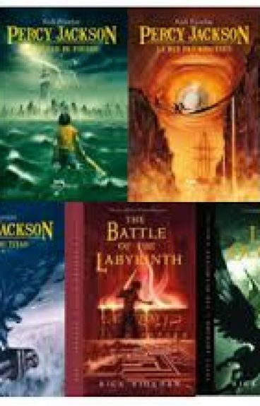 Leyendo las aventuras de Percy Jackson con los dioses y semidioses