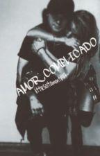 Amor complicado (Skrillex y tú) (Pausada temporalmente) by Littlesaltamontes13