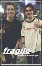 fragile → muke smut by LaConchaDeHarry