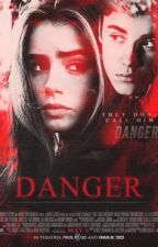 Danger's back (Russian Translation) by BusyQueen
