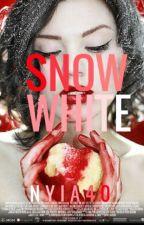 Snow White by nyia40