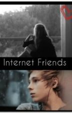 Internet Friends | Luke Hemmings by Pizza_4_ever