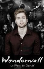 Wonderwall | Luke Hemmings by kisevil