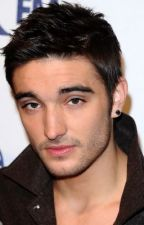 I'm in LOVE with my 'brother!?' A Tom Parker Fanfic by chazylk