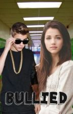 (ON HOLD)Bullied *Justin bieber fan-fic* (ON HOLD) by HAZZA18