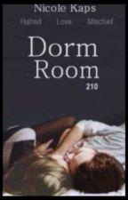 Dorm Room 210 (Em Português) by DonutsAddict