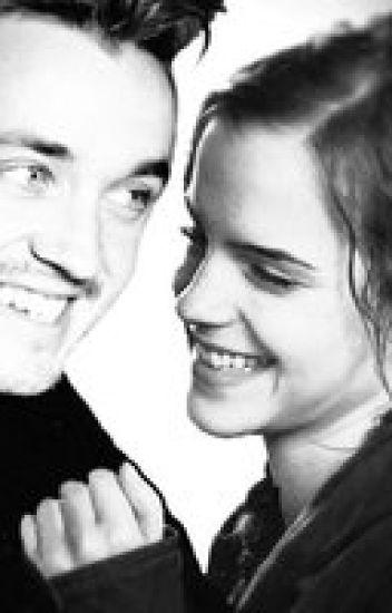 Diferente (Draco y Hermione)