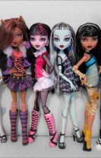 Monster High by lpslover101