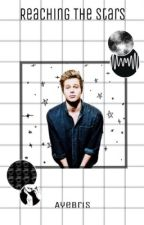 Reaching the Stars •  |Luke Hemmings x Reader| by AyeBris