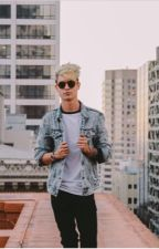 Falling for my bully (Kian lawley fan fic) by youricequeen