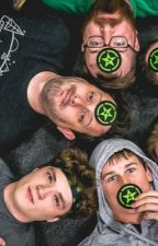 Rooster Teeth/Achievement Hunter Smut by AH_Michael