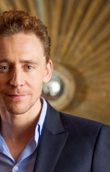 Life Is What You Make It (A Tom Hiddleston Fanfic)