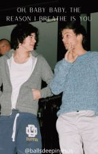Oh Baby Baby, The Reason I Breathe is You (l.s) by thaishippabs