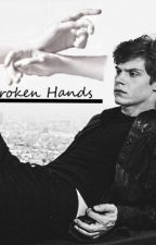 Broken Hands (Evan Peters x Reader) by jessehasnoland