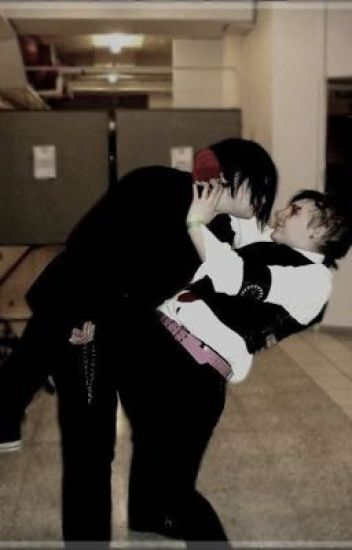 I'll kiss your lips again (Frerard)