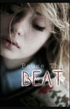 PAUSE THE BEAT by julliet_f