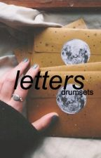 letters ➸ luke hemmings au by drumsets