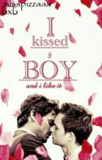 I kissed a boy (nl boyxboy) #Wattys2016 by MissPizzaaa