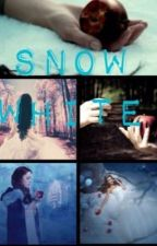 Snow White by Annabelle_the_reader