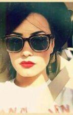 A filha da Demi Lovato by Purpurina_vibrante
