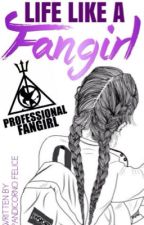 Life like a Fangirl by PandicornoFelice