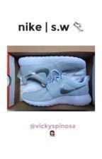 Nike.   s.w by vickyspinosa