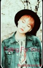Falling for you (bts Suga) by kpoptrash1999