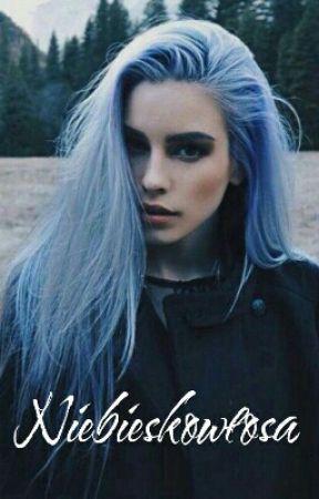 Niebieskowłosa by Ilumitatyczka