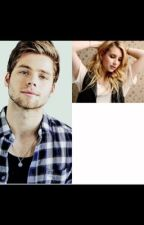 Bad girl// Luke Hemmings by LittlePenguinBlack