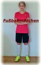 Fußballmädchen by 11aral00