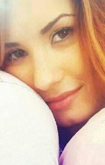 Demi is still here (demi lovato fanfic)