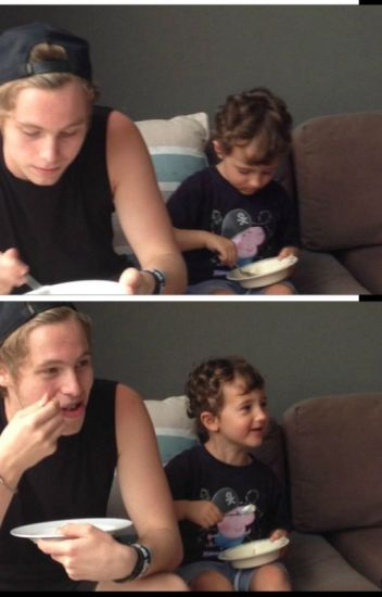 Single Parents (Luke Hemmings AU)