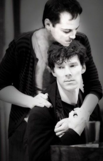 Frozen Kisses (Jim Moriarty x Sherlock Holmes)