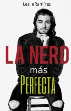 La nerd más perfecta by LeslieRamirez751