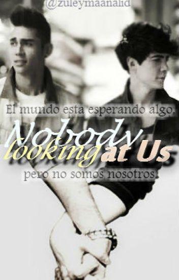 Nobody Looking At Us (Jalan/Joslan Navarrela)