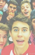 truth or dare, Magcon boys by MiddleClassWritter