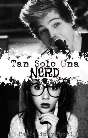 Tan Solo Una Nerd [Luke Hemmings]