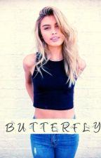 Butterfly (dansk) by mia_midtgaard