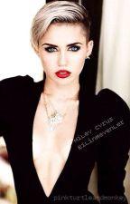 Miley Cyrus - Bilinmeyenler by pinkturtleandmonkey