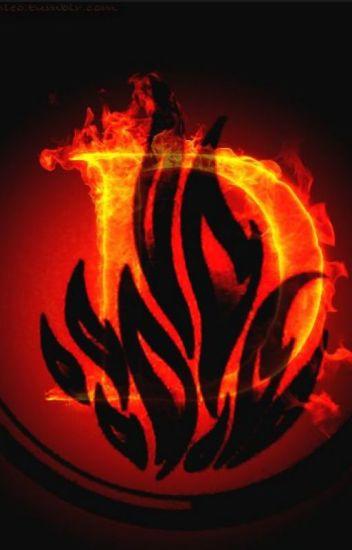Tris- Dauntless-born**UNDER EDITING**