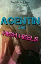Agentin mit High Heels by SophiaBokern