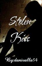 Stolen Kiss |✔ by danivalla54