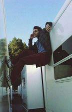 Crawling Back To You |[Actualizacion Lenta]| by Chica_Lobo