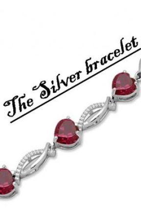 The silver bracelet by sweetPEPPERflower