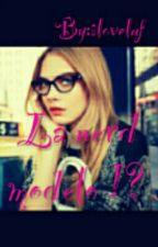 La nerd modelo ?! by iloveluf