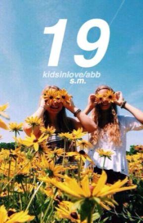 19 ☾s.m by kidsinIove